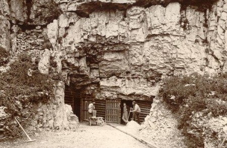 Old-Victoria-Cave-600x450